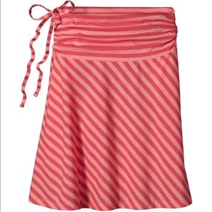 Patagonia Striped Convertible Skirt Or Top Sz L